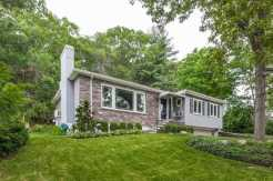 69 Lakeview Ave, Newton - $960,000