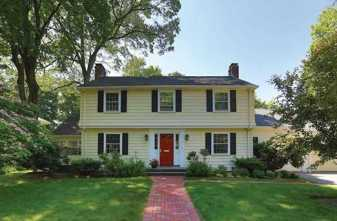 15 Woodside Road, Newton - $1,355,000